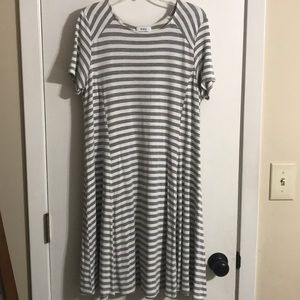 Piko- everyday grey and white stripped dress